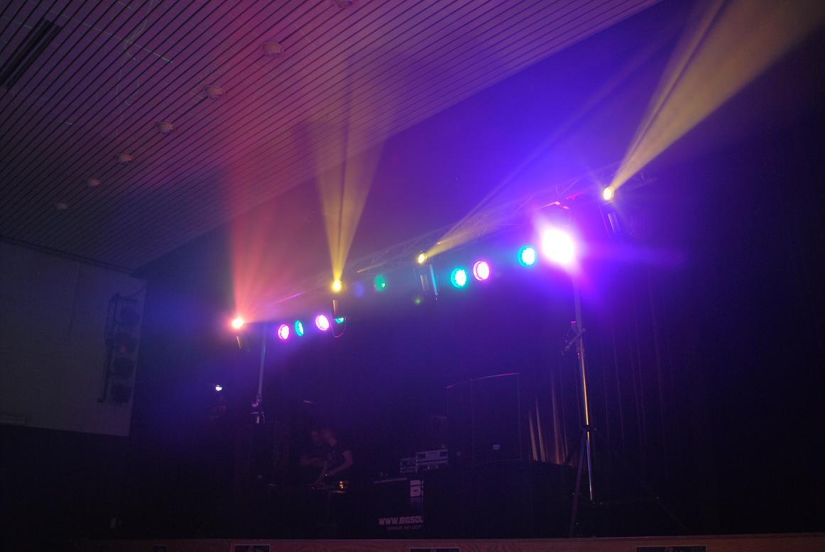 geluidsinstallatie en lichtinstallatie partyset