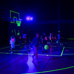 blacklight basketbal